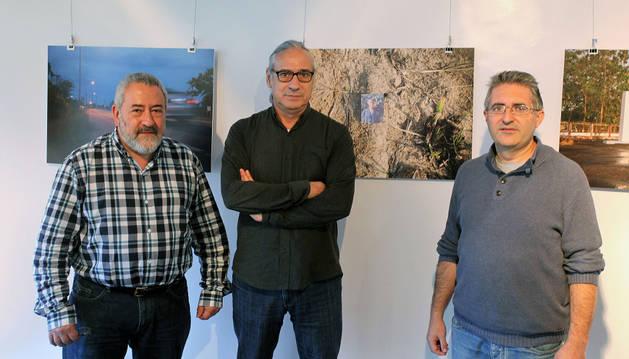 Desde la izquierda, Fernando Armendáriz (PI Navarra), Xabier Zabala (PI) y Alberto Labarga (concejal de Pamplona).