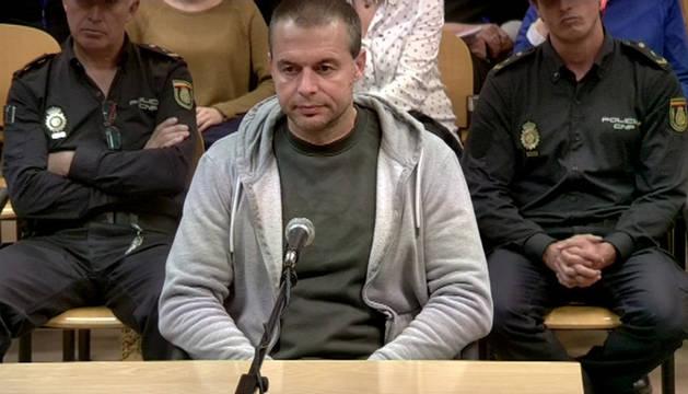 Imagen de la señal institucional de la Audiencia Provincial de Madrid en la que aparece Antonio Ortiz, el presunto pederasta de Ciudad Lineal.