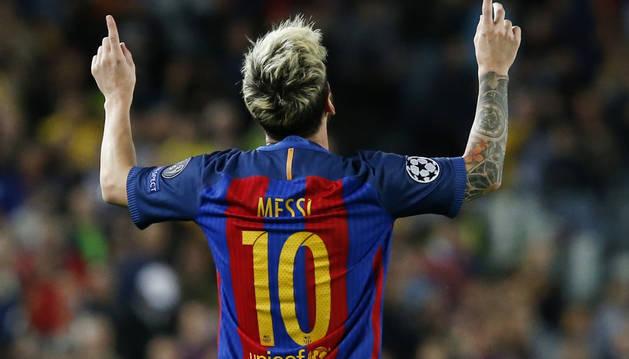 Messi celebra uno de los tres goles marcados al City de Guardiola