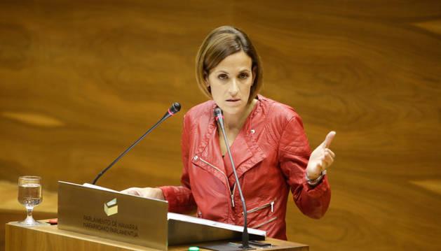 Chivite califica los primeros meses de legislatura de