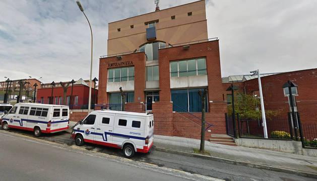 Foto de la comisaría de la Ertzaintza en Sestao.