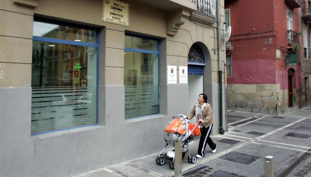 Foto del Centro Compañía, en la esquina de Compañía con Javier.