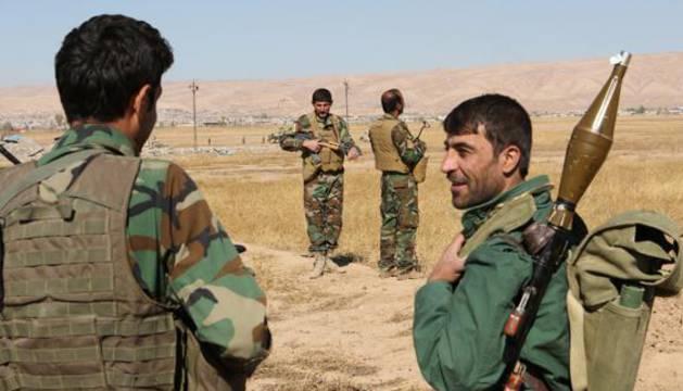 Peshmerga kurdos de la ofensiva contra el Estado Islámico cerca de Mosul