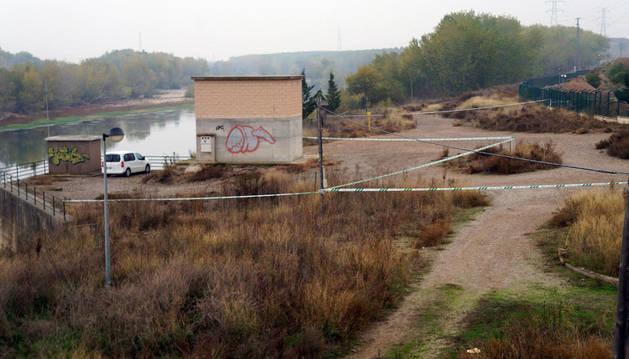 El cuerpo fue hallado junto a la caseta de la CHE en Castejón.