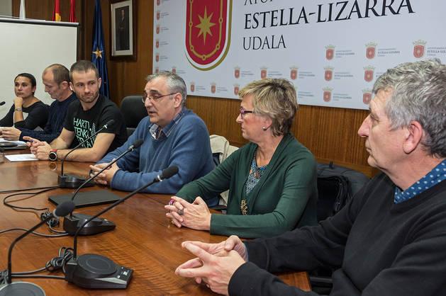 Desde la izda., Itziar Luri, Regino Etxabe, Koldo Leoz, Alfredo Asiáin, Puy Barbarin y Antonio Ros.