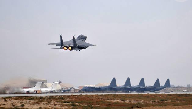 El ataque suicida se produjo en la base aérea de Bagram, en el norte de Afganistán.