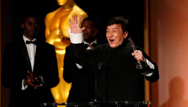 Jackie Chan recoger su Óscar honorífico.