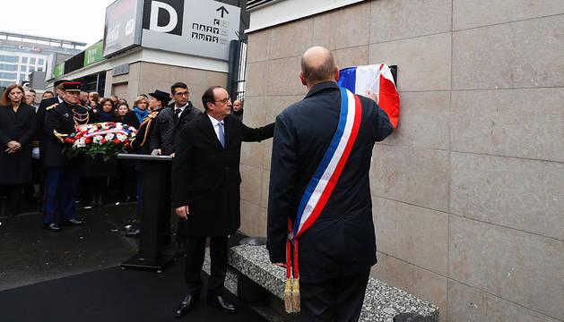 Hollande inicia los actos de homenaje a las víctimas de los atentados yihadistas