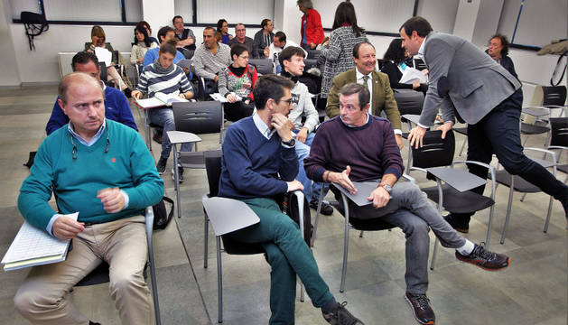 Las Federaciones se reunieron ayer con Rubén Goñi en la Casa del Deporte.