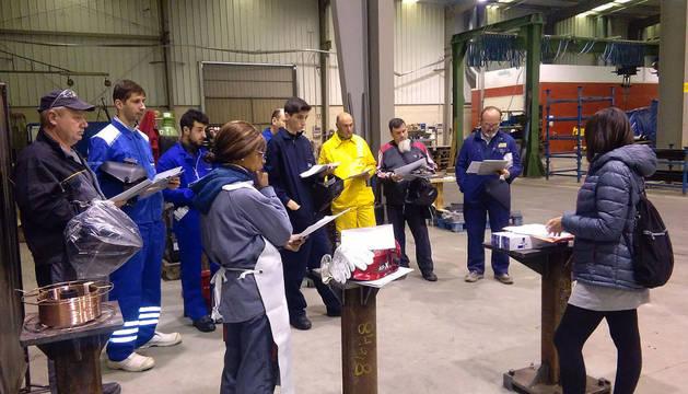 Participantes en el curso de soldadura que se desarrolla en las instalaciones de la empresa Sic-Lázaro.