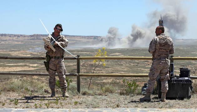 Maniobras militares en Bardenas en 2015.