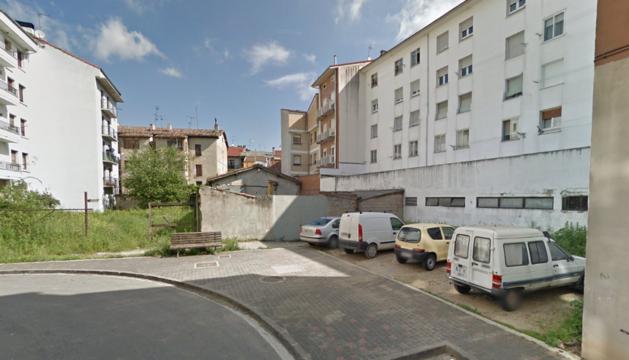 Imagen de la parcela donde se ubicará el nuevo parking.