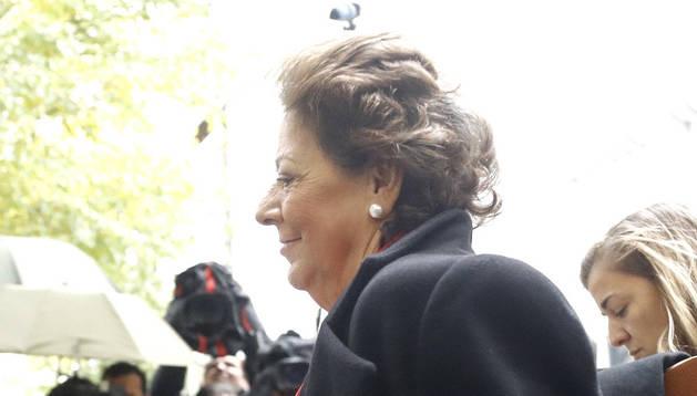 Rita Barberá, a su llegada a la sede del Tribunal Supremo para declarar