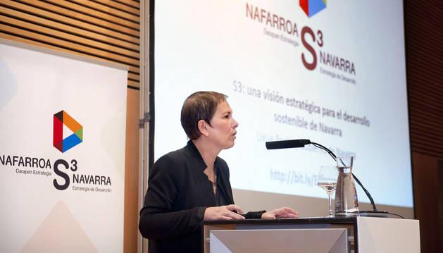 La presidenta Barkos, durante la presentación pública.