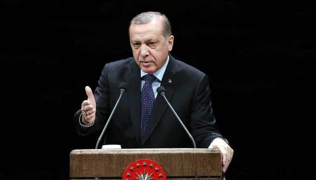 Erdogan amenaza a la UE con abrir las fronteras a los refugiados