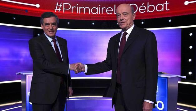 Fillon avanza hacia el liderazgo de la derecha tras el debate con Juppé