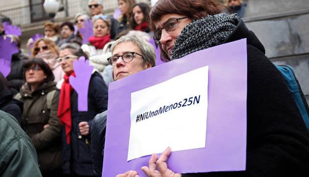 Concentraciones del Día Internacional contra Violencia de Género hacia las mujeres en distintas localidades Ribera