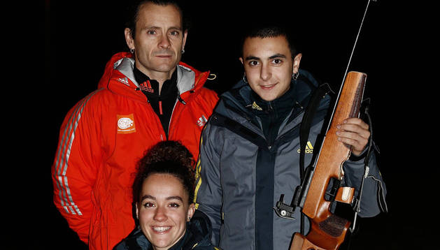 Imagen de Palacios y Etxeberria, con su entrenador.