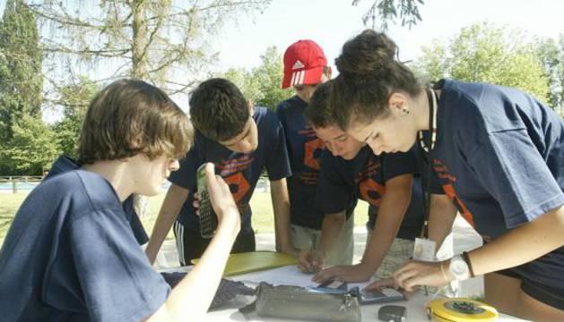 Un grupo de alumnos participantes en una olimpiada matemática estatal.