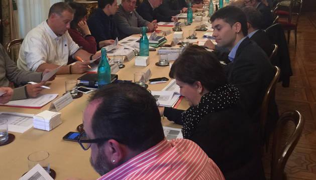 Foto de la reunión del Consejo de Turismo.