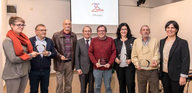 Oihaneder Indakoetxea, Jose Ignacio López, Miguel Esparza, Virgilio Sagüés, Iñaki Andueza, Elisa Castella, Luis Requetibate y Tere Bermejo.