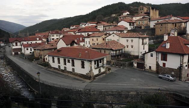 Vista de la localidad de Urzainqui.