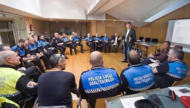 Imagen de la reunión mantenida este jueves en Tafalla.