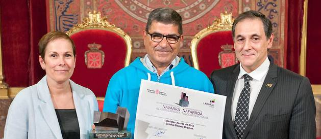 Uxue Barkos, Georges Sabe y Txomin García Hernández.