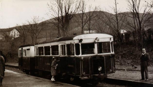 Imagen del 'Tren Txikito, cuando adoptó el formato de automotor en la última etapa de su trayectoria.