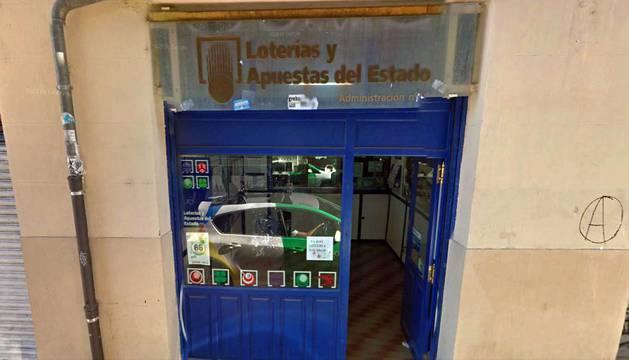Administración de loterías de la calle Aldapa, en Pamplona.
