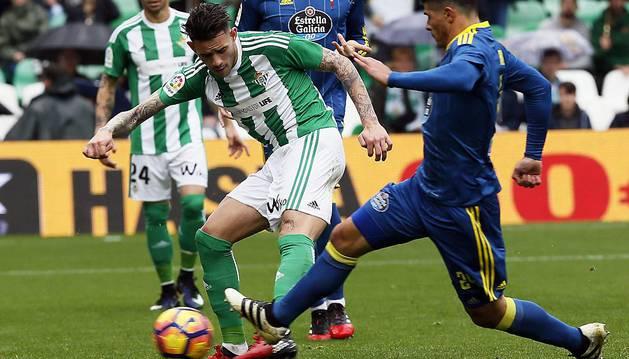 Betis y Celta se reparten los puntos y los goles