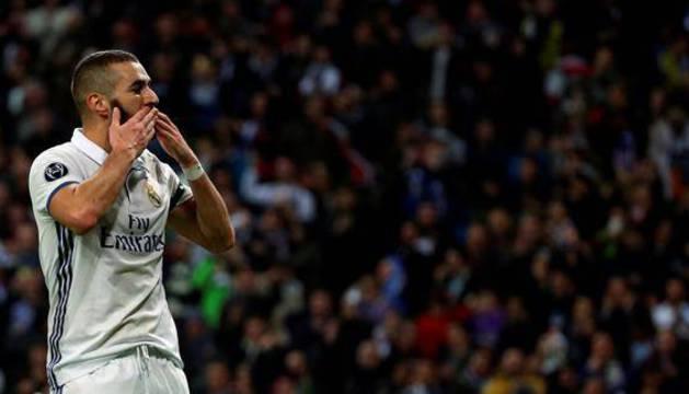 Benzema celebra su gol ante el Dortmund.