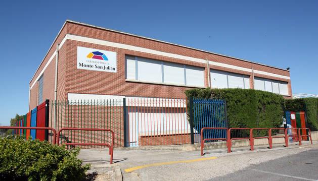 Fachada del Colegio San Julián de Tudela.