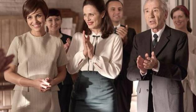 Escena de la serie 'Velvet'.