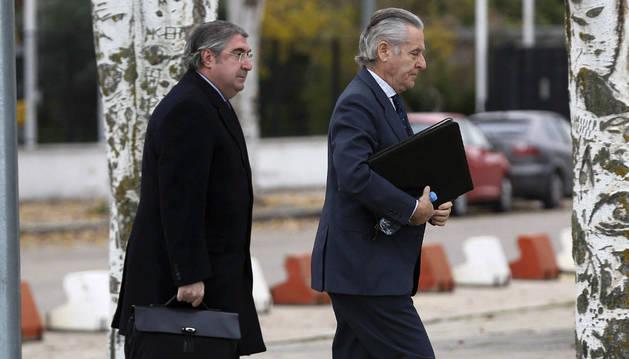 Foto de Miguel Blesa a su llegada a la sede de la Audiencia Nacional de San Fernando de Henares.