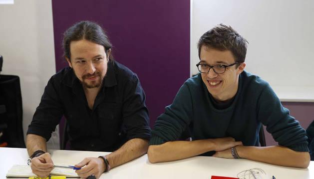 Pablo Iglesias (i) e Íñigo Errejón, durante la reunión del consejo ciudadano.