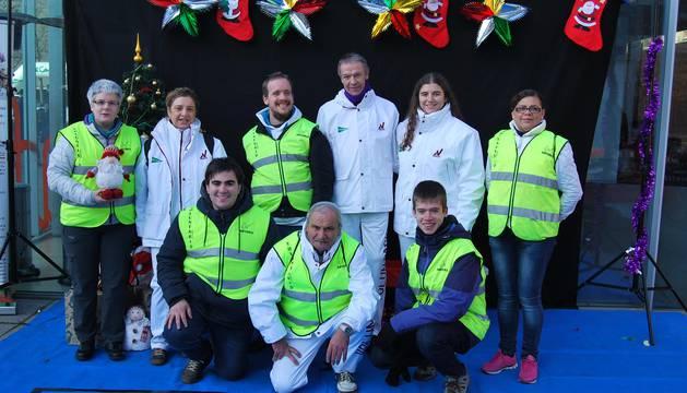 El domingo 18 de diciembre, la Asociación de Voluntarios de Navarra (ASVONA) y el Corte Inglés organizaron, con salida y meta en la Plaza del Baluarte, la VI Carrera Infantil de la Navidad, en el que participaron en torno a 400 niños divididos en tres categorías: hasta 6 años; de 7 a 9 años y de 10 a 12 años.