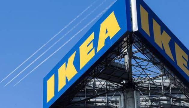 Logotipo de Ikea en una tienda de Holanda.