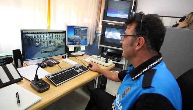 Un policía municipal de Tudela.
