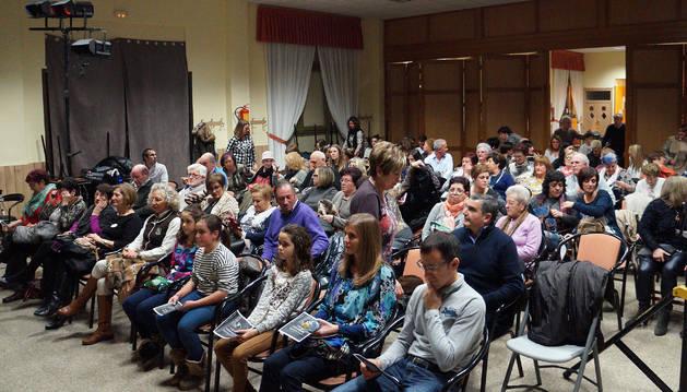 Imagen de los asistentes a la representación de 'La casa de Bernarda Alba'.