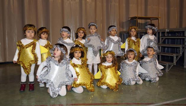 Niños actúan en festival de Navidad celebrados en Cabanillas y Fustiñana