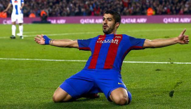 Luis Suárez celebra un gol este año.