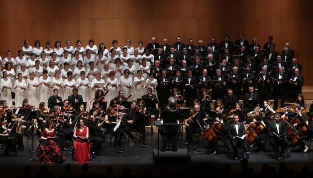 Concierto del Orfeón Pamplonés, con Sinfonietta Académica, en marzo de este año, cuando interpretaron en el Baluarte el Requiem de Mozart.