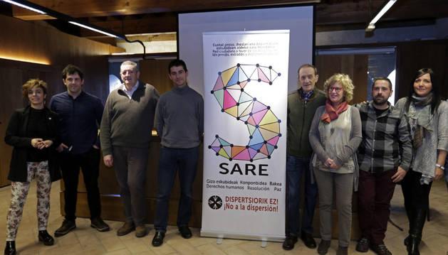 Participantes en la presentación de la plataforma Sare en Navarra y su manifiesto.