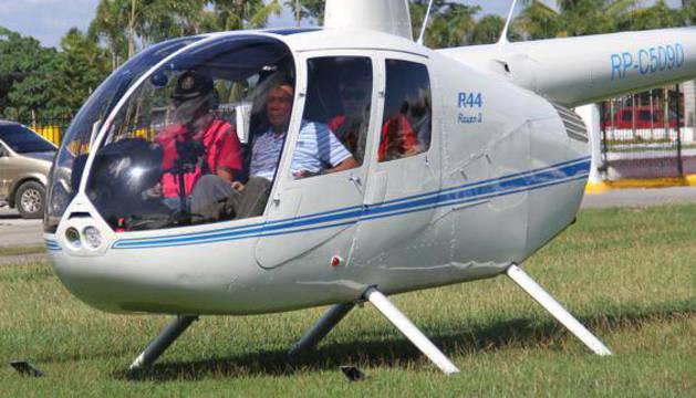 El presidente de Filipinas, en un helicoptero.