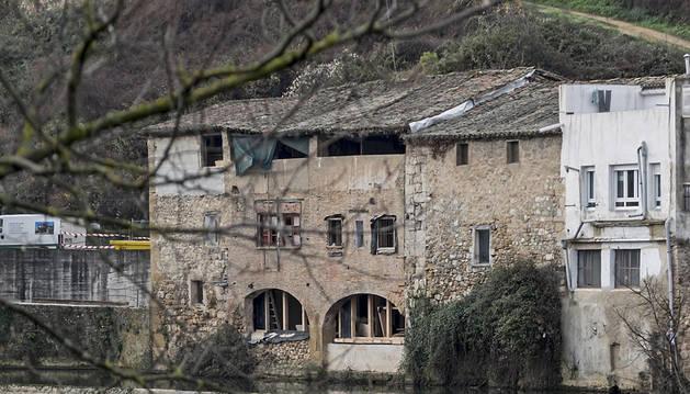 La Casa de la Moneda, junto a la presa en el barrio de Curtidores.