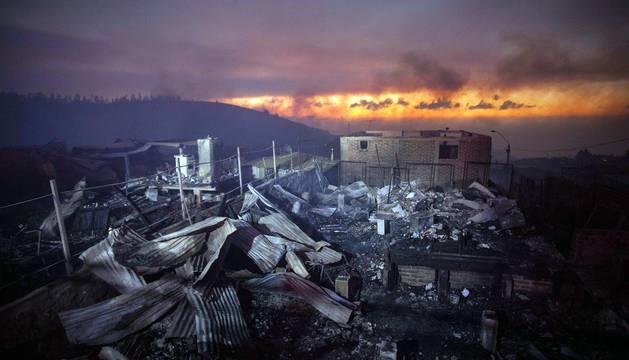 Gigantesto incendio en Valparaiso