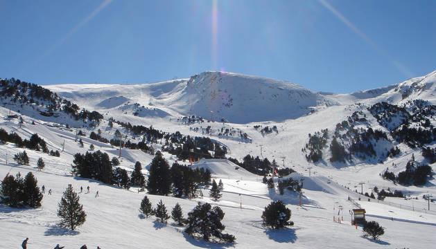 Las estaciones de esquí de Andorra: motivos para disfrutarlas