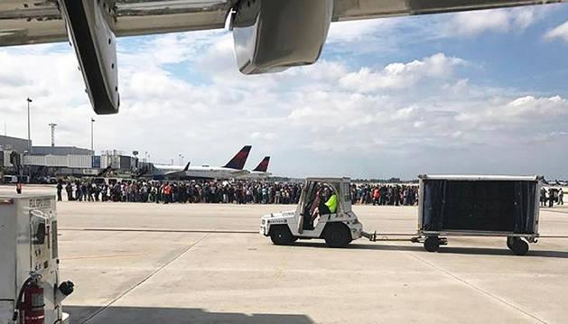 Al menos cinco muertos en un tiroteo en el aeropuerto de Florida