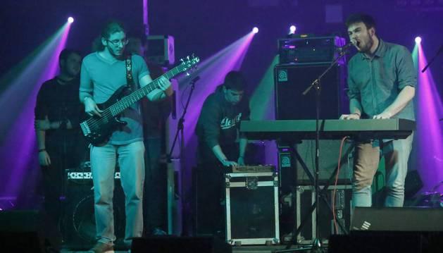 Los componentes de Tecno Phobia, sobre el escenario de la sala Luyber de San Adrián.